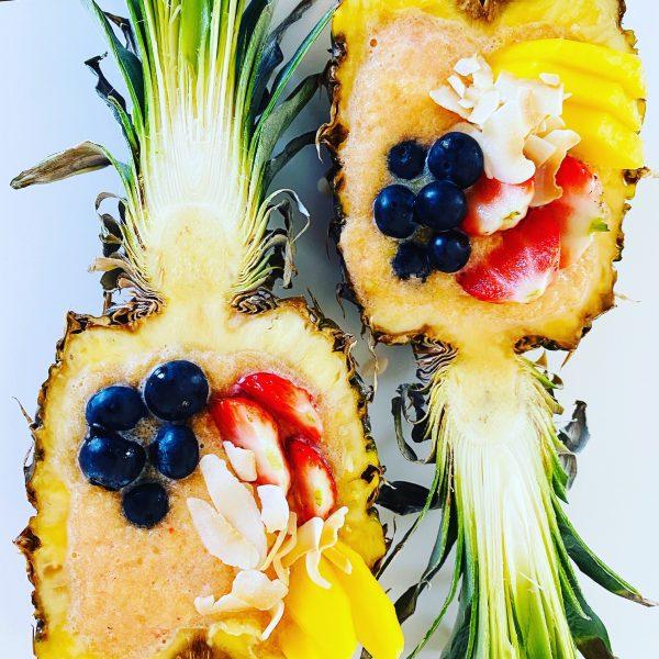 ananászos smoothie tál